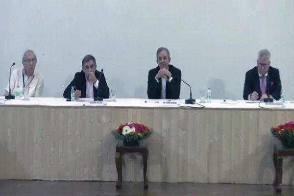 EU सांसद बोले- आतंकवाद कश्मीर की सबसे बड़ी समस्या, 370 आंतरिक मसला
