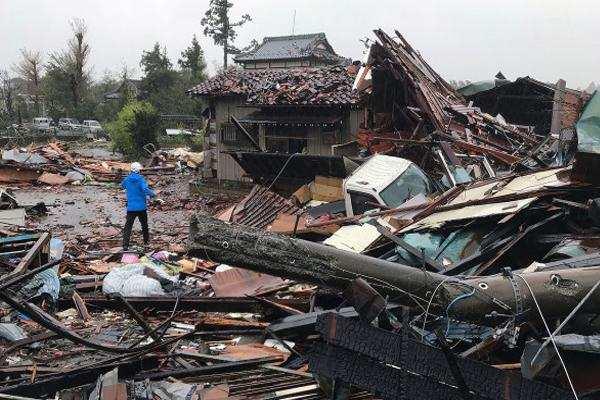 जापान में मचाई प्रलय तूफान हैजीबिस ने, 9 लोगों की मौत, 100 घायल
