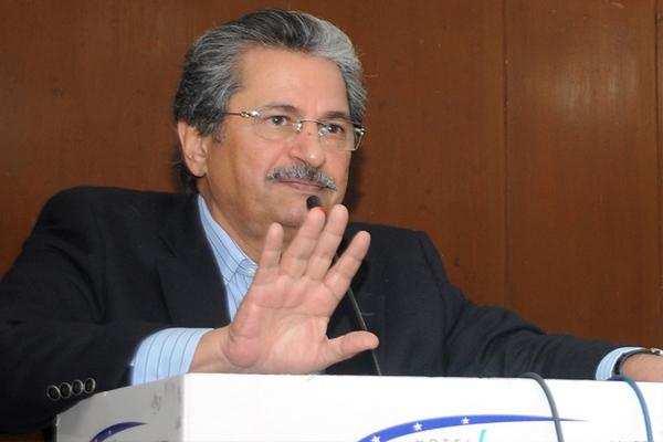 आजादी मार्च : पाकिस्तानी मंत्री – बातचीत नहीं डेडलाइन खत्म होने से पहले