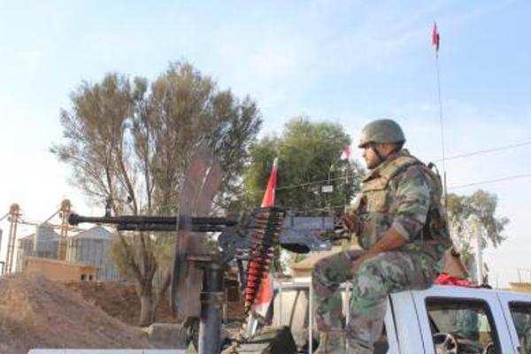 सीरिया जा रहे आईएस आतंकवादियों को इराकी सेना ने पकड़ा