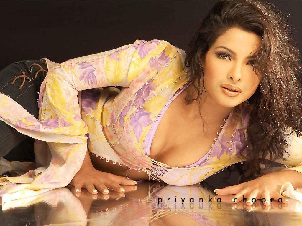 PRIYANKA CHOPRA का बेहद Sexy और Bold वीडियो देख फैंस को लगा 440 बोल्ट का झटका, अतरंगी वीडियो देख फैन्स का छूटा पसीना