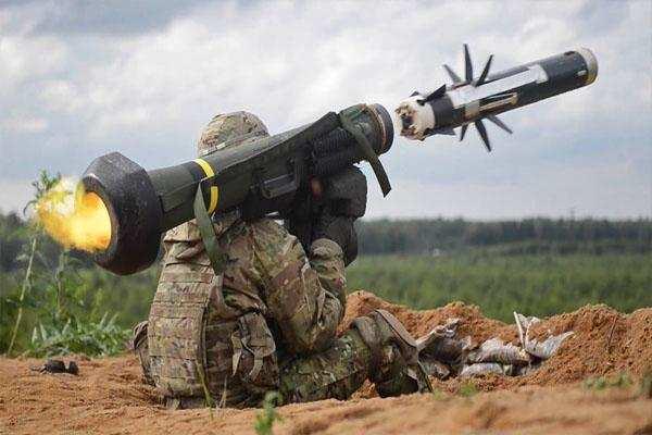 यूक्रेन टैंकभेदी मिसाइल जैवलिन खरीदेगा अमेरिका से