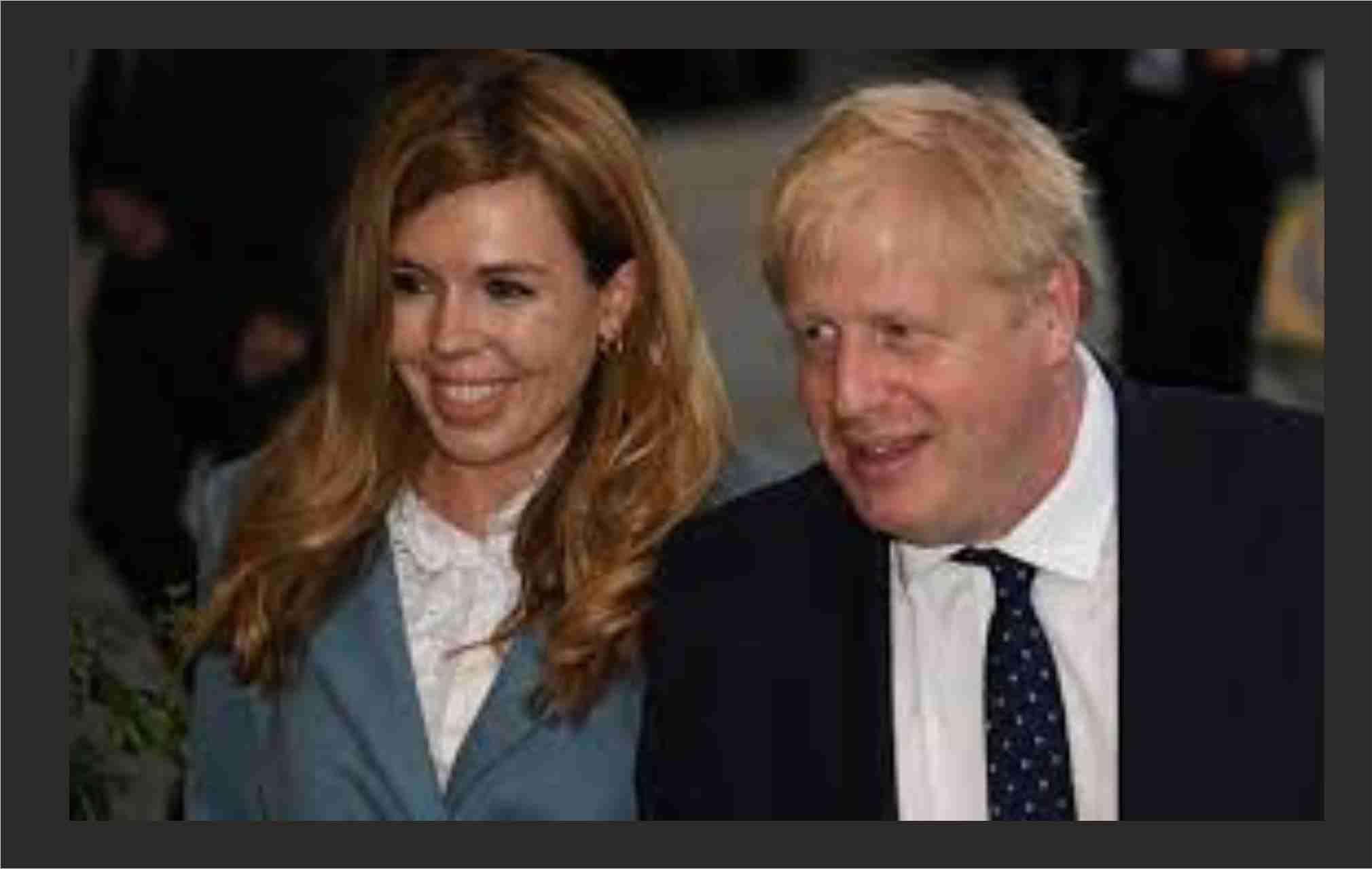 World News in Hindi : Boris Johnson ने 23 साल छोटी मंगेतर से गुप्त समारोह में कर ली शादी