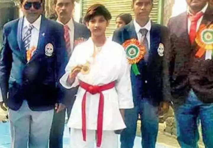 ये भारत की उभरती कराटे प्लेयर पामेला अधिकारी थी, जिसने लवजिहाद के चलते 14 साल की अबोध आयु में उसने आत्महत्या कर ली