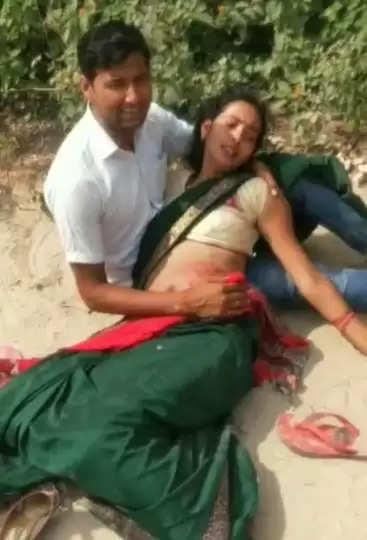 महिला को दबंगों ने रास्ता रोक कर गोली मार दी, गंभीर हालत में रेफर