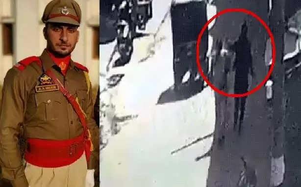 आतंकी ने पुलिसकर्मी को बीच बाजार गोली मार दी, घटना CCTV कैमरे में कैद, वीडियो सोशल मीडिया वायरल