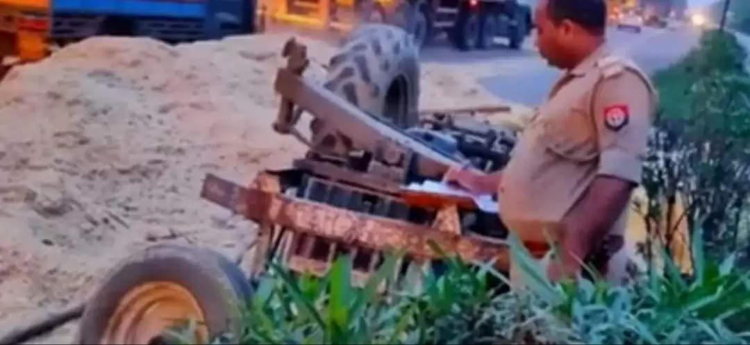 भूसा लदी ट्रैक्टर-ट्राली को ट्रक ने पीछे से मारी टक्कर एक की मौत दो की हालत नाजुक