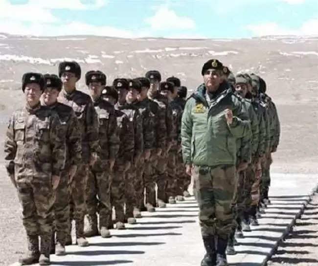 भारत और चीन के बीच सैन्य तनातनी को खत्म करने के लिए दोनों देशों के सैन्य कमांडरों के बीच 13वें दौर की वार्ता कल