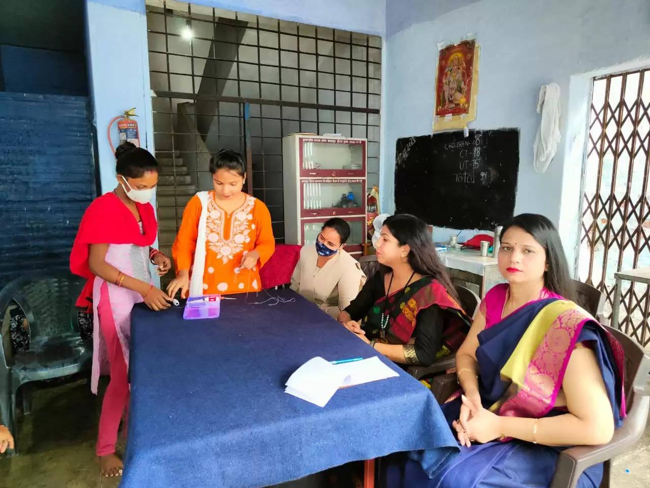 परिधि सेवा संस्थान एवं नव गणेशा फाउंडेशन के द्वारा कानपुर नगर की महिला बैरक में प्रशिक्षण कार्यक्रम का शुभारंभ